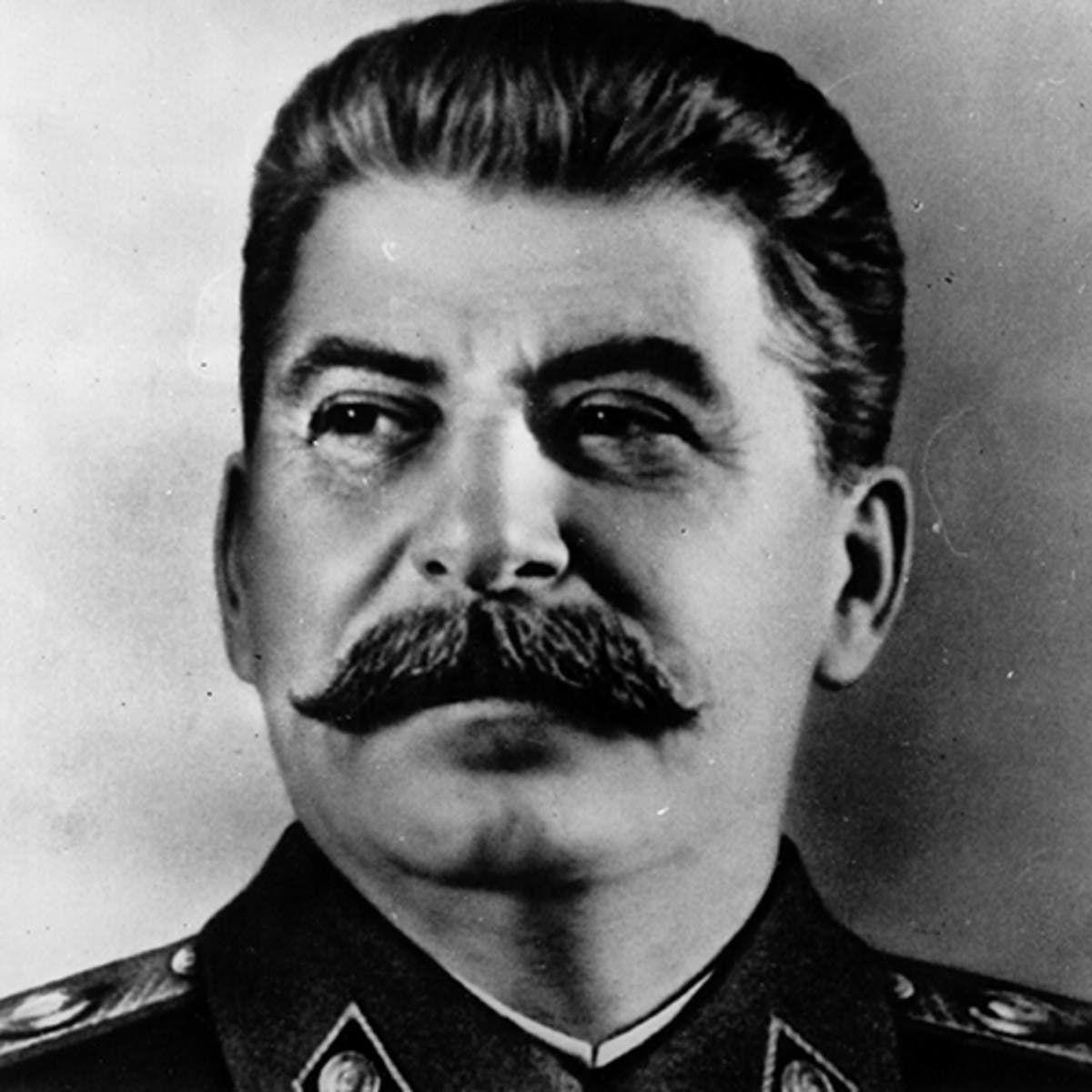 صورة للقائد السوفيتي جوزيف ستالين