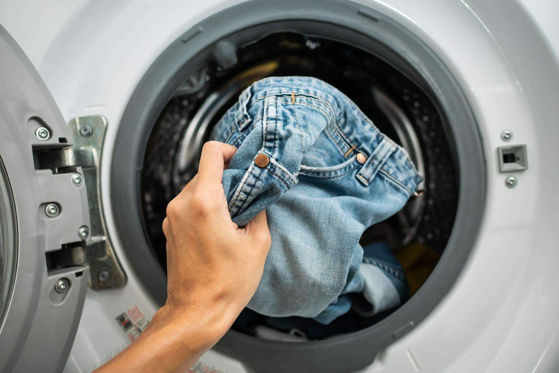 iStock- غسيل الملابس