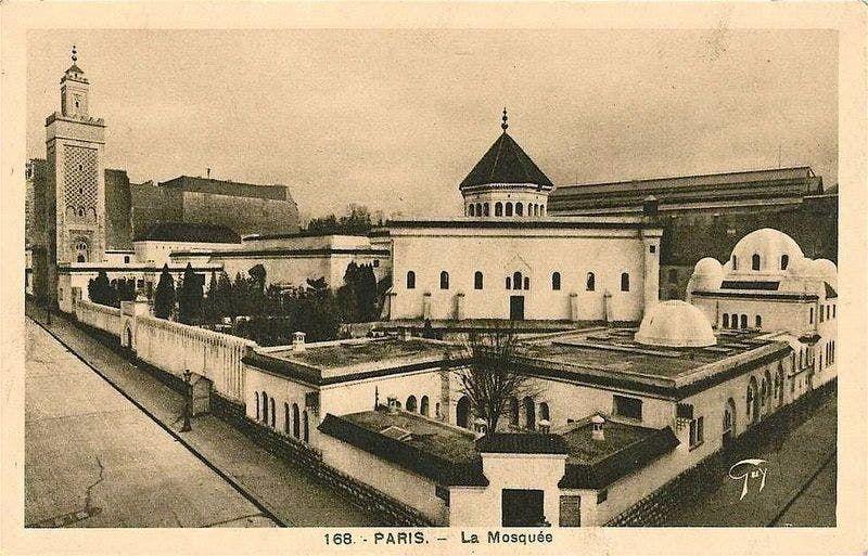 مسجد باريس الكبير خلال ثلاثينيات القرن الماضي
