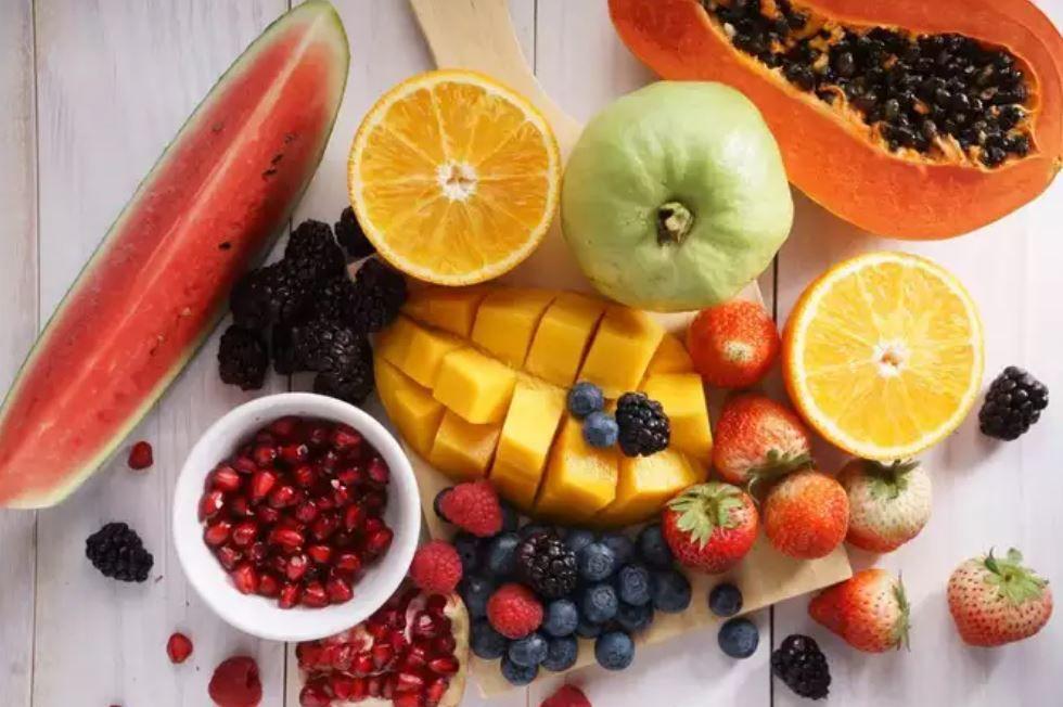 تناول الخضروات والفاكهة يمنع عدوى كورونا