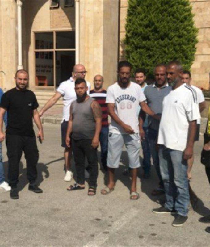 اعتصام لمياومي بلدية الميناء: لم يقبضوا رواتبهم منذ 7 أشهر!