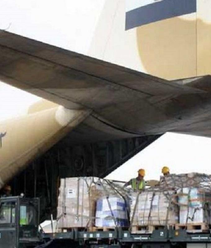 وصول 3 طائرات مساعدات من مصر والجامعة العربية إلى لبنان