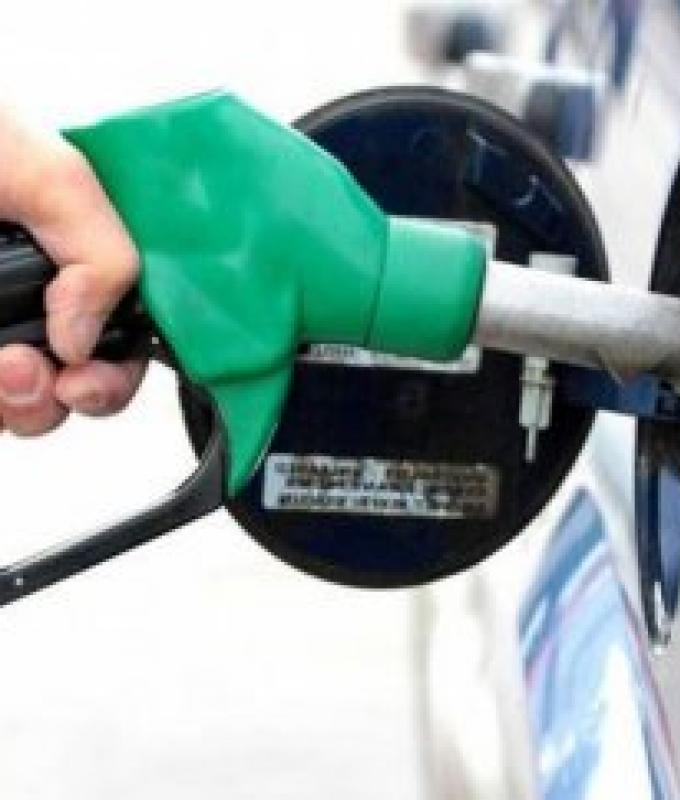 أرقام مخيفة.. إليكم سعر البنزين في لبنان بعد رفع الدعم
