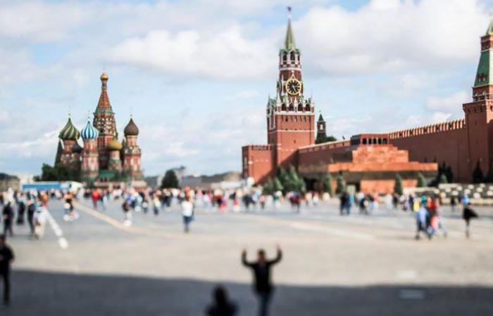 فصل روسيا عن شبكات الإنترنت؟