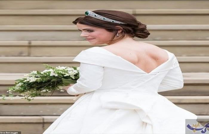 adce507ff الأميرة أوجيني تكشف ندبات جراحة في ظهرها خلال حفلة زفافها