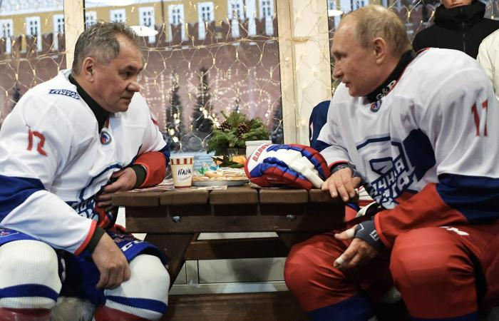 """""""دبلوماسية الرياضة"""".. سياسة بوتين لبناء الثقة"""