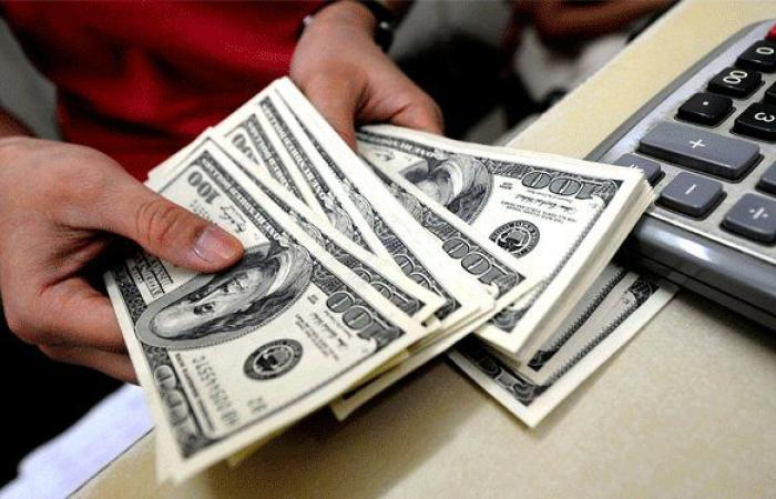 «تنويم» أزمة الدولار في لبنان