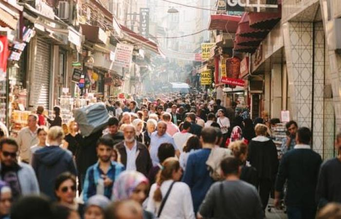 العجز التجاري في تركيا يتضاعف بأكثر من ثلاثة أمثاله في نوفمبر