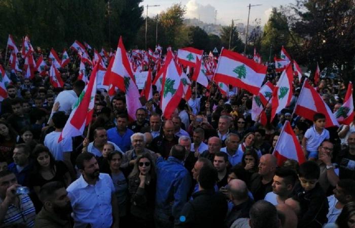 عن أسباب الأزمة الخانقة في لبنان والحلول الناجعة لها