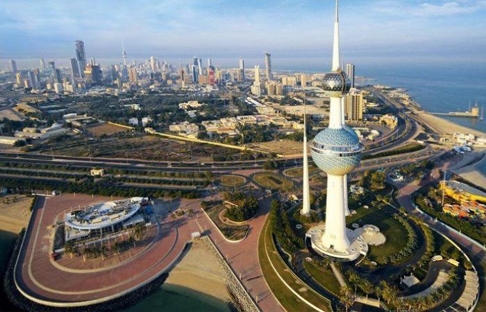 وزارة الصحة الكويتية تعلق رحلاتها إلى إيران