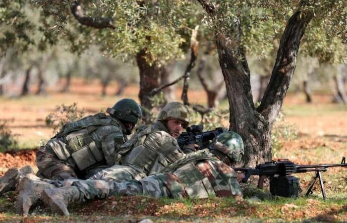 مقتل 5 جنود أتراك في غارات على إدلب