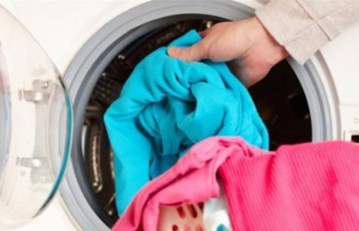 هام جداً.. هكذا يجب غسل الملابس للوقاية من فيروس كورونا