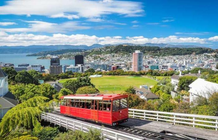 """اول حالة وفاة بـ""""كورونا"""" في نيوزيلندا"""