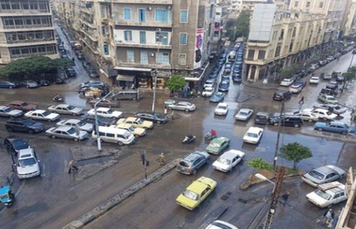 رغم حظر التجول.. مسيرة راجلة في طرابلس