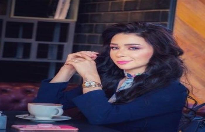 """الفنانة مريم أيوب تشكر مصر """"قيادة وحكومة"""" على جهودها لإعادة العالقين"""