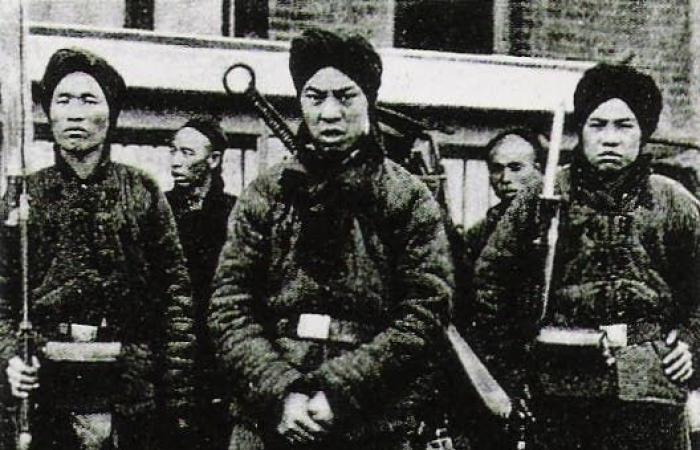 """""""هونغهوزي""""..لصوص صينيون أغاروا على روسيا ونهبوا ثرواتها"""