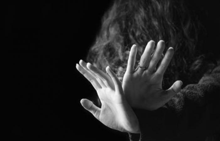 اغتصبوا أمّاً أمام طفليها.. جريمة تهز باكستان