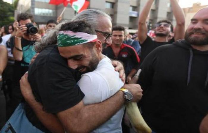 ذكرى تشرين الفاصل بين عالم انهار وعالم مجهول