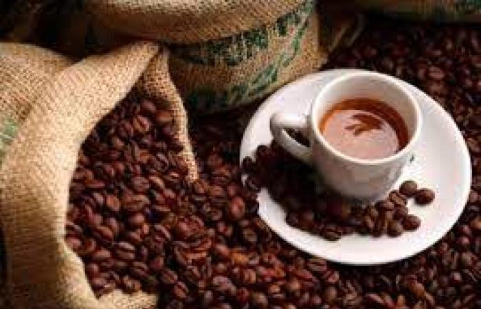 القهوة والشيكولاتة والكيوى تحتوى على مضادات الأكسدة لحمايتك من سرطان الثدى