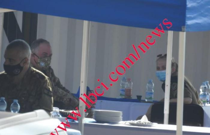 صورة مسربة من الغداء الذي أقيم خلال مفاوضات الترسيم