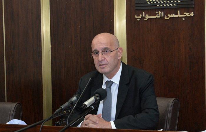 عراجي: لقاح كورونا لن يصل إلى لبنان قبل منتصف 2021