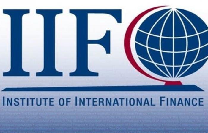 التمويل الدولي: الاقتصادات المتقدمة على حافة الهاوية
