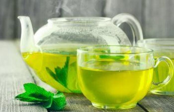 الشاى الأخضر والشوكولاتة الداكنة والعنب مضادات لكورونا