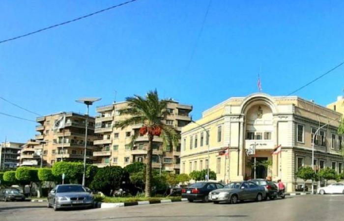 بالفيديو: طرابلس تلتزم قرار الإغلاق