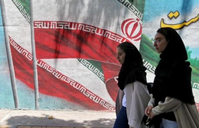 إيران والبحث عن قنوات تواصل عربية