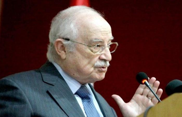 منصور: تلقيت اللقاح في مستشفى الحريري