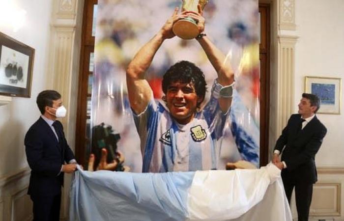 الادعاء العام يستعين بلجنة طبية للتحقيق في وفاة مارادونا
