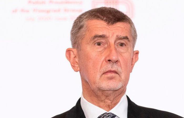 رئيس وزراء التشيك مهدد بالقتل