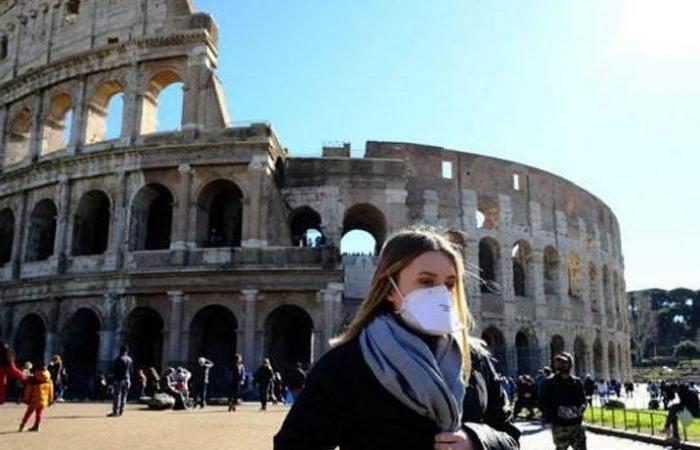 """إيطاليا تتجاوز مستوى 3 ملايين إصابة مسجلة بـ""""كورونا"""""""