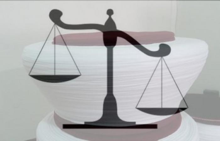 قاضٍ يؤسس لازمة وليس لحل..!!