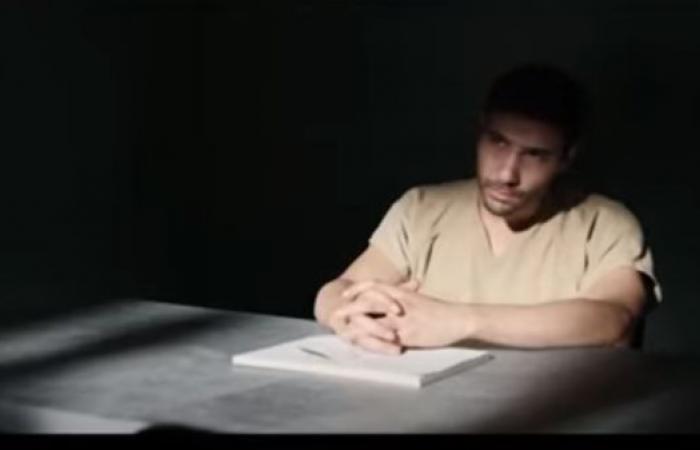 الموريتاني.. وجد نفسه بغوانتانامو بعد اتصال من هاتف بن لادن