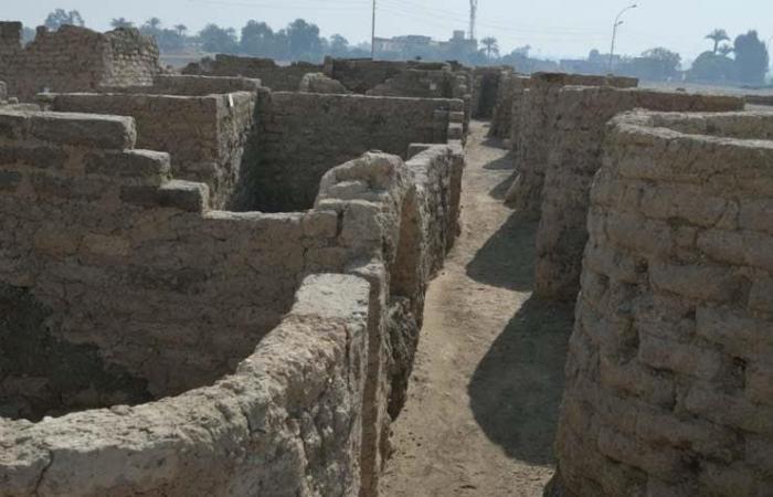 """بالصور.. مصر تعلن اكتشاف """"المدينة المفقودة"""" بالأقصر"""