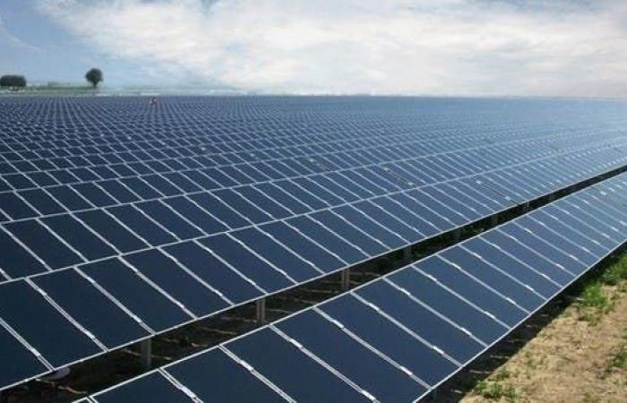 محمد بن سلمان: مشروعات ستوفر الطاقة الكهربائية لأكثر من 600 ألف وحدة سكنية