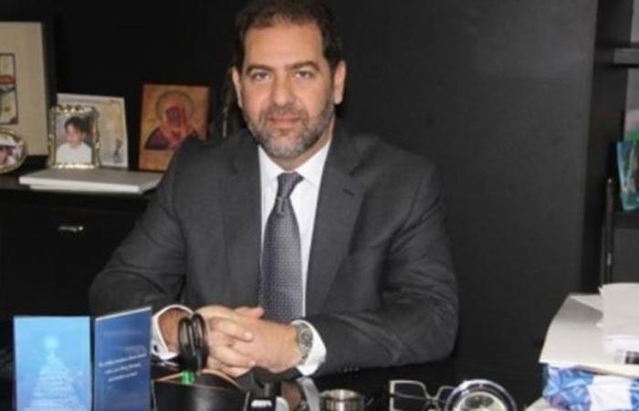 مكتّف: نشحن الدولارات إلى لبنان ونتجه للادعاء على غادة عون