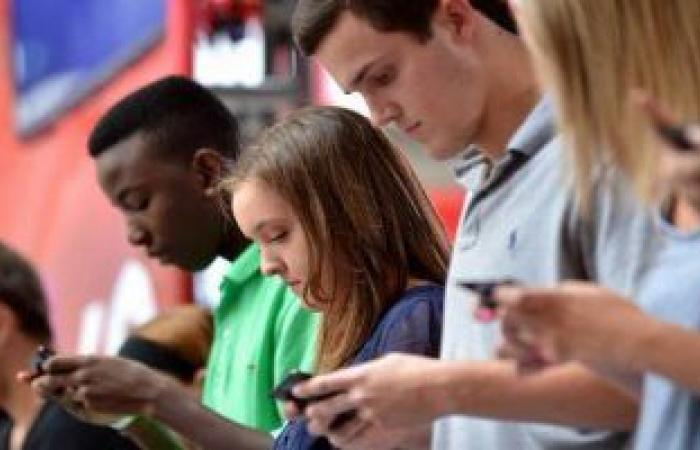 دراسة: استخدام وسائل التكنولوجيا لا يؤثر على الصحة العقلية للمراهقين