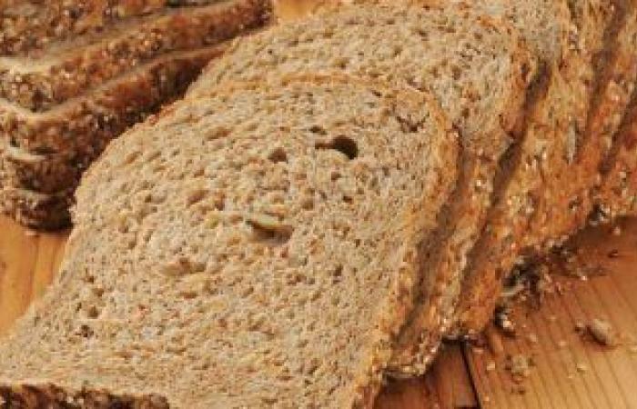 كيف يساعدك خبز الحبوب الكاملة على تقليل دهون البطن؟