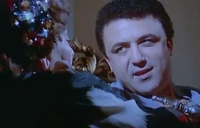 """بطل فيلم """"العفاريت"""" بالعناية.. وزوجته: أخذ لقاح كورونا قبل أيام"""