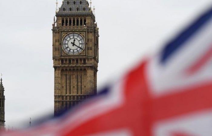 """بريطانيا تسجل و7 وفيات و2027 إصابة جديدة بـ""""كورونا"""""""