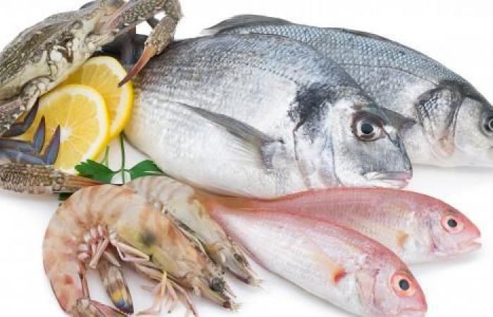 أطعمة صحية تعزز من نضارة البشرة.. أبرزها السمك والأفوكادو