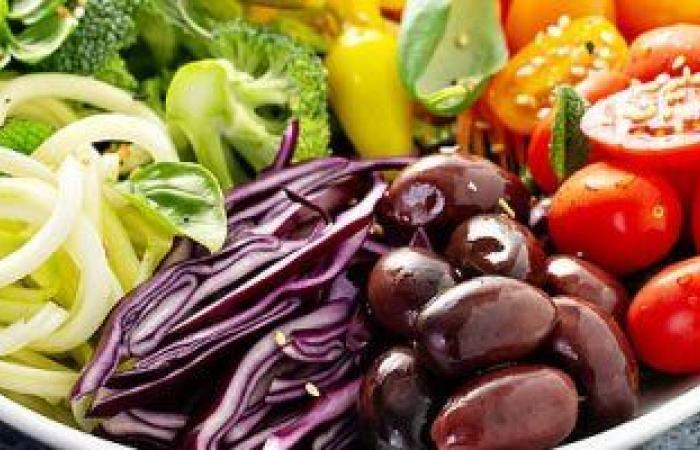 دراسة جديدة: النباتيين أقل عرضة للإصابة بأعراض حادة لفيروس كورونا بنسبة 73%