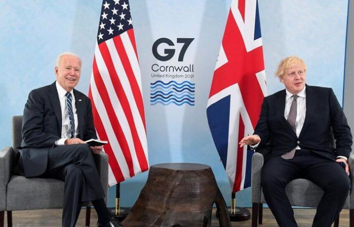 جونسون وبايدن يبحثان روسيا والصين وإيران