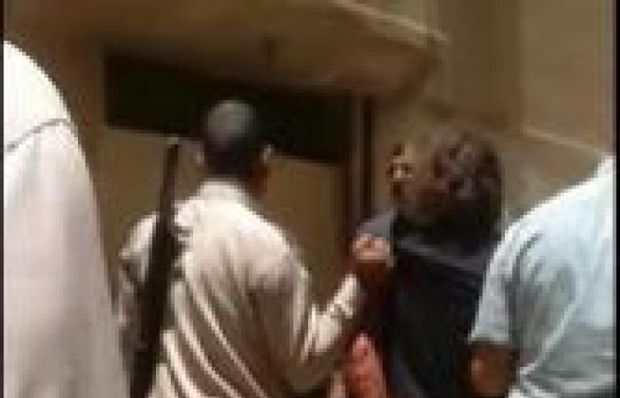 مصر: متهم باغتصاب ابنته يقفز من الطابق الرابع – صور