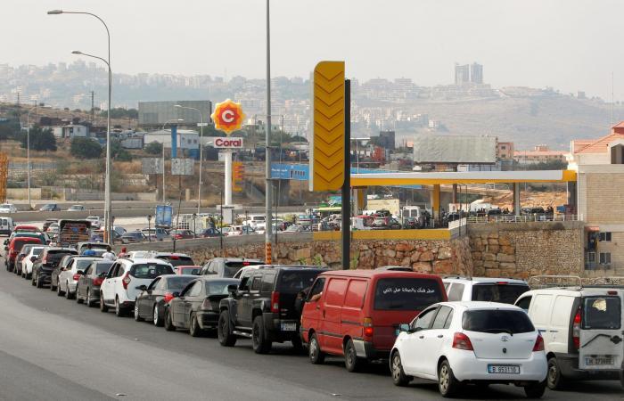 أزمة البنزين الى انفراج… والطوابير باقية!