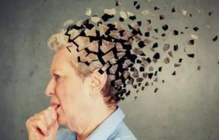 حافظ على دماغك.. طرق هتساعدك على تقليل خطر الإصابة بالخرف