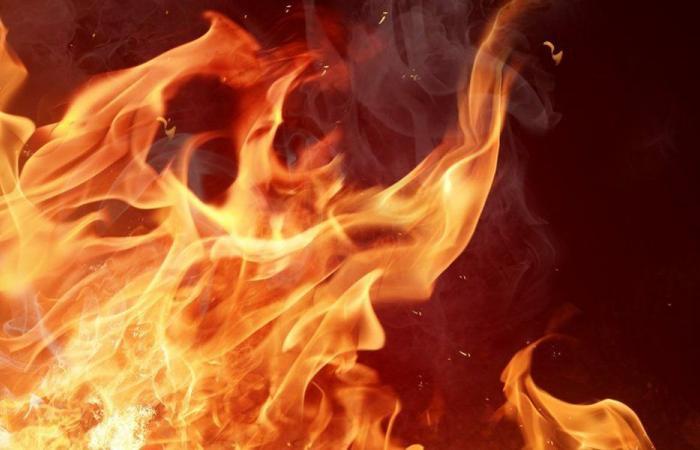 إخماد حريق داخل مطعم في سير الضنية