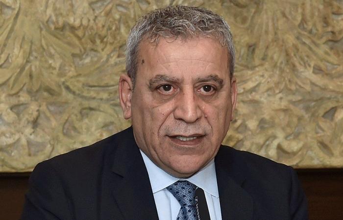 بزي: للابتعاد عن لعبة الانقسامات